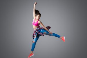 modern-dancer-jumping_1163-3789